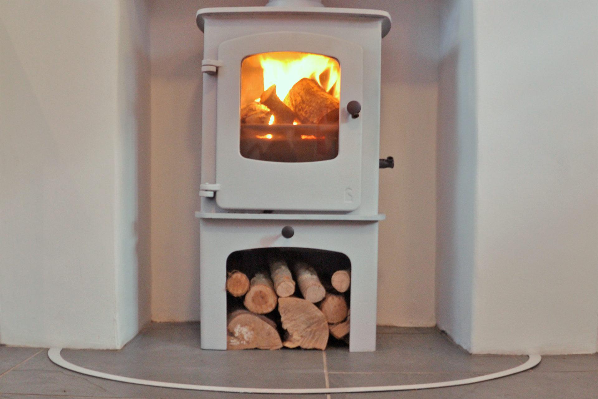 06_DSC9007-logburner